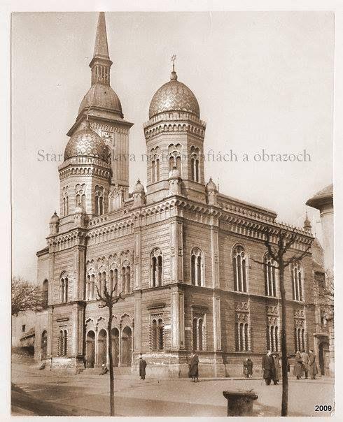Neologicka_synagoga_rybne_namestie_staraba.jpg