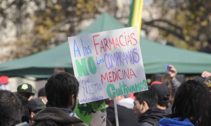 La marcha pro cultivo de cannabis (Santiago, 18/05/2013)