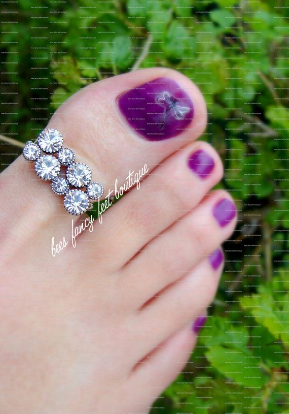 Big Toe Ring  Crystal Rhinestones  Stretch by FancyFeetBoutique