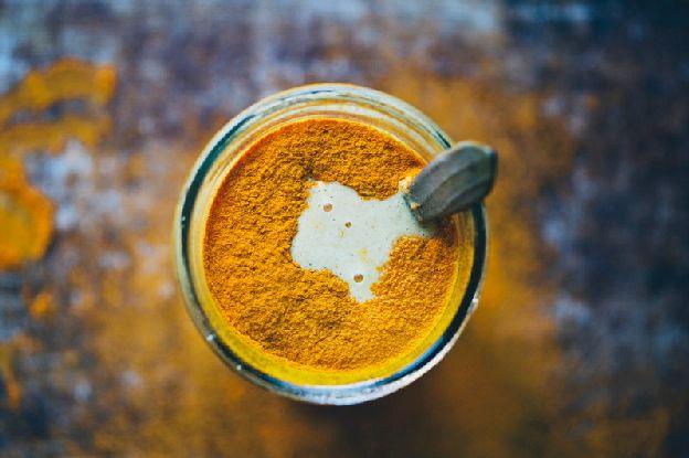 Kurkuma smoothie zlaté mléko