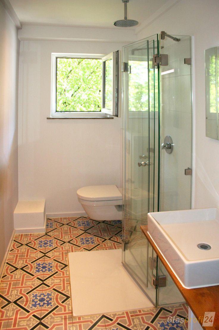 Die Faltbare Dusche Ist Besonders Platzsparend Und Dadurch Vor Allem Fur Kleine In 2020 Badezimmer Klein Kleine Badezimmer Duschkabine