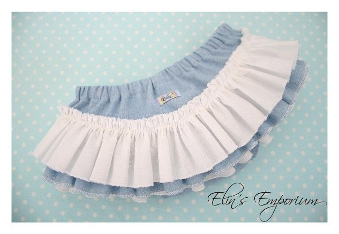 Stunning Chambray & Moda White Ruffle Nappy Pants.  Available in sizes 0000 - 2, $30 inc post!