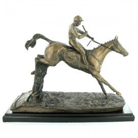 'Clearing the Last' - Bronze designed by David Geenty