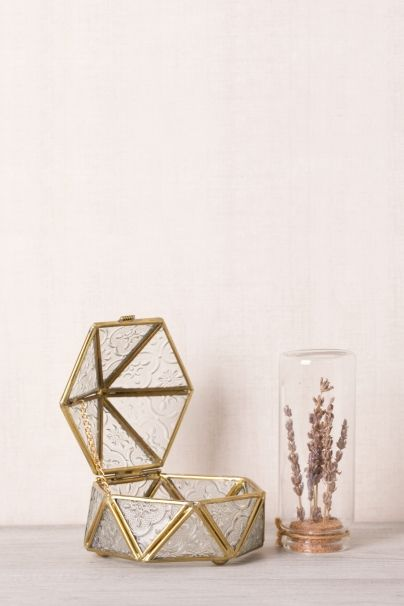 Papiola.com - Vintage Jewelry Box