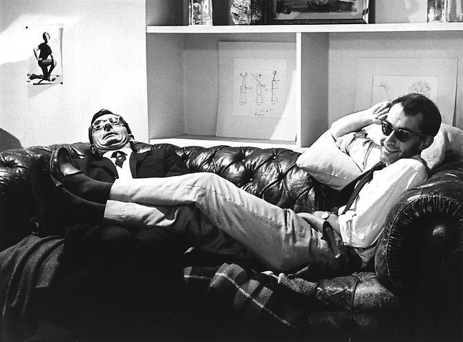 À BOUT DE SOUFFLE Claude Chabrol et Jean-Luc Godard sur le plateau. Chabrol et Truffaut se sont portés garants du film dés le départ, pour rassurer les producteurs
