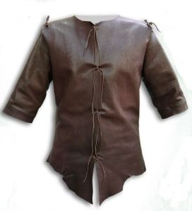 Bodice Thief, Medieval - Medieval Clothing - Medieval Fantasy Costumes - Leather jacket without sleeves, front closure with metal eyelets.