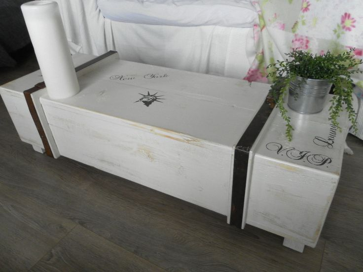 42 best images about shabby style on pinterest vintage french and chic. Black Bedroom Furniture Sets. Home Design Ideas