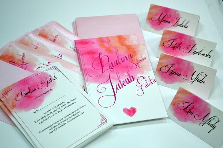 zaproszenia z różowym motywem