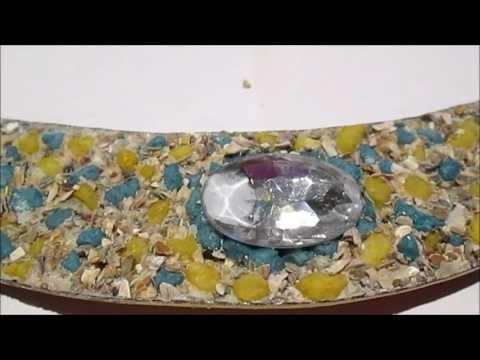 BIGIOTTERIA ETNICA -----TUTORIAL COLLANA ROSA CON RAFFIA E TAPPI BOTTIGLIA - YouTube