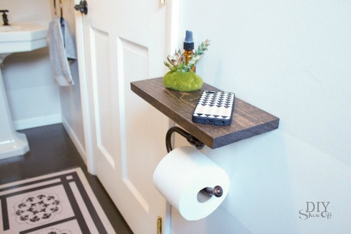 A perfect spot for a candle or small vase of flowers, this small shelf also adds visual appeal to your bathroom.