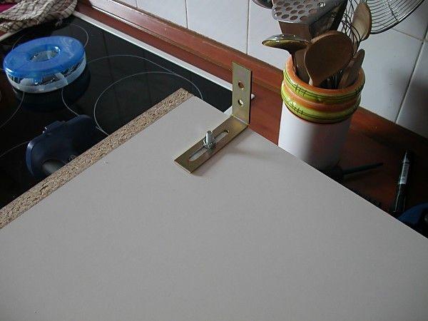 """Képtalálat a következőre: """"konyhabútor felszerelése a falra"""""""