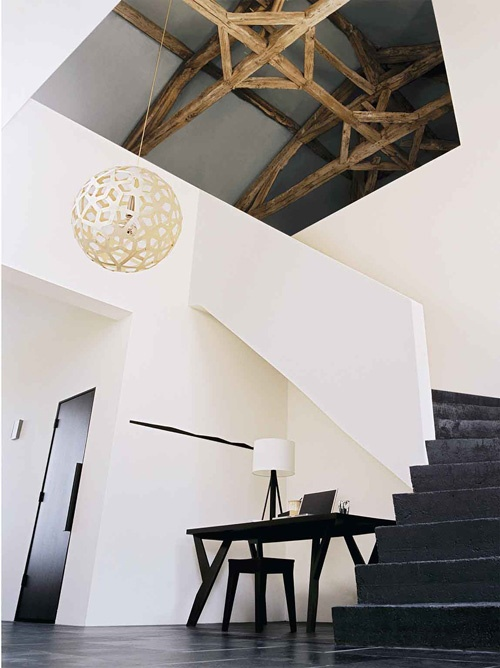 black floor and my favourite lampCeilings Beams, Stairs, Exposed Beams, Expo Beams, Interiors Design, Architecture, Vaulted Ceilings, Wood Beams, Barns Convers