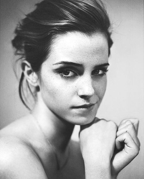I enjoy this portrait because of the black and white colors as well as the facial expression of Emma Watson as she looks curious.