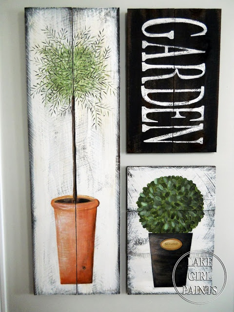 Paint your OWN topiary garden art on rustic boards. Excellent tutorial by Lake Girl Paints, featured on I Love That Junk