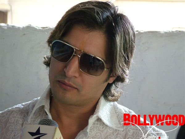 Jimmy Shergill with Long Hair