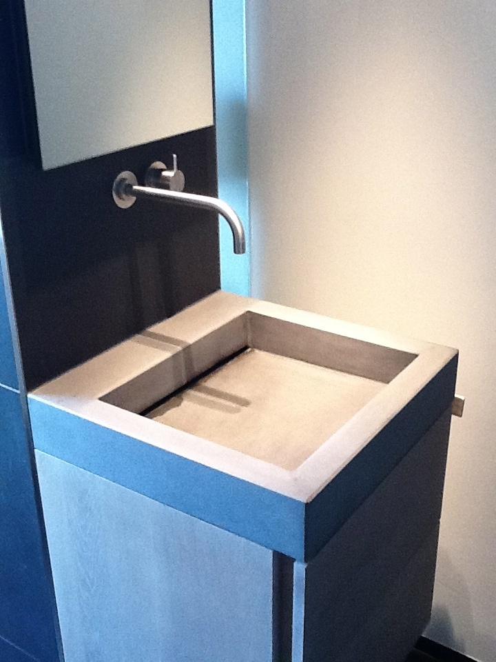 2011 - Badkamer helemaal naar onze zin...#design in jaren '30 woning! Fraai toch?