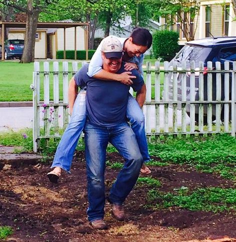 """12 Relationship Goals As Told By The Stars Of """"Fixer Upper"""""""