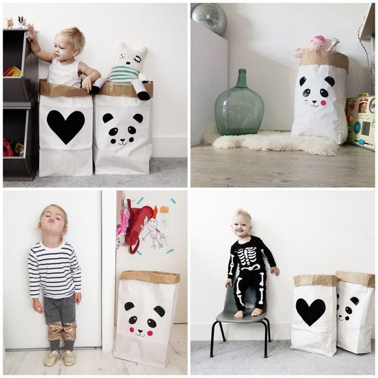 Leuke, praktische stevige papieren opbergzakken ;van MonpetitZoReol uit Frankrijk voor in de baby- en kinderkamer. Met ;erg leuke designs zoals ;een Panda beer, Konijn, Sterretjes, Stippen, Hartjes en Regendruppels.