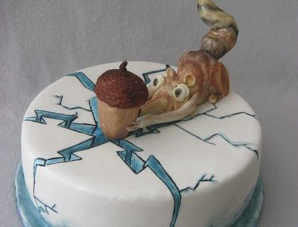 Handmade  figurines and hand painted cake