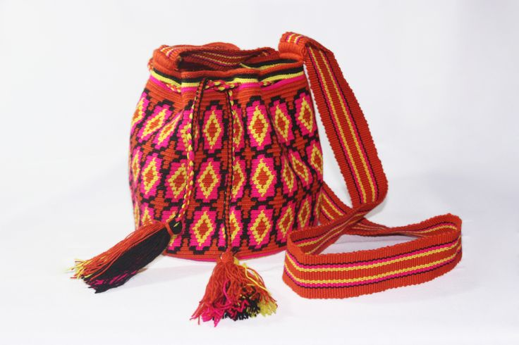 Small Hand-Woven Artesinal Colombian Wayuu Bag (Fire-Brick/ Deep-Pink/ Yellow) - Bacano Bags and Hats