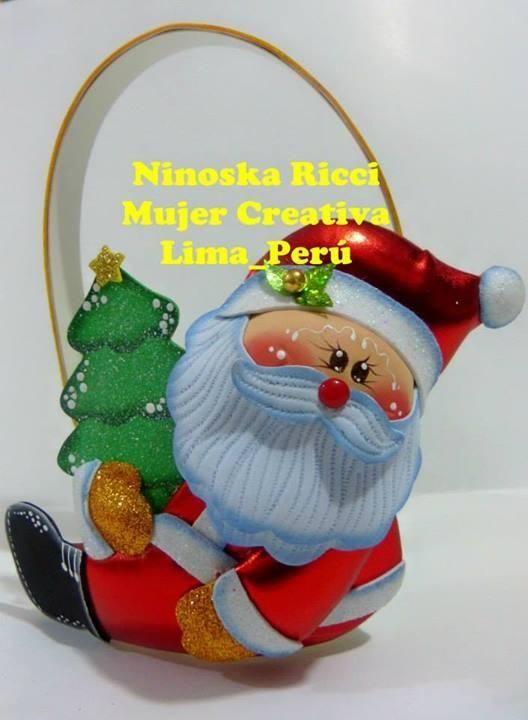 Manualidades Navideñas Porta lapiz con reno Para regalar en esta Navidad, vender o decorar tu hogar, te proponemos este precioso adorno de Papa Noél realiz