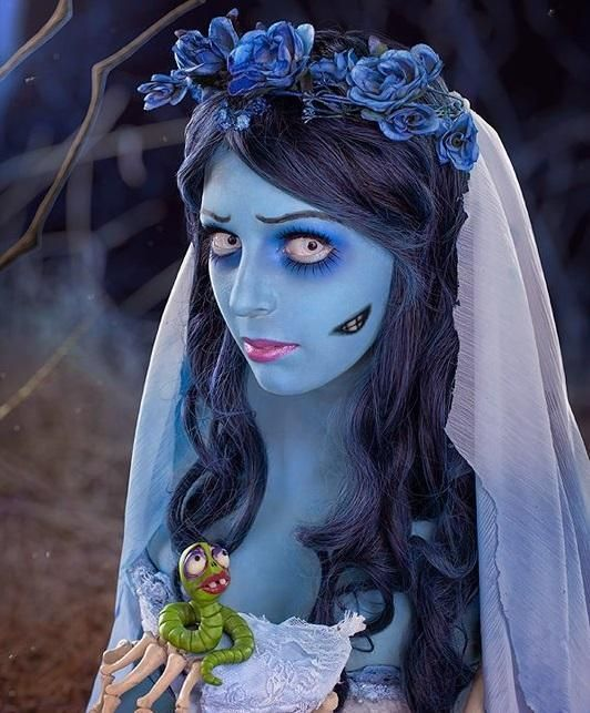 Comment faire un déguisement de mariée cadavérique pour Halloween