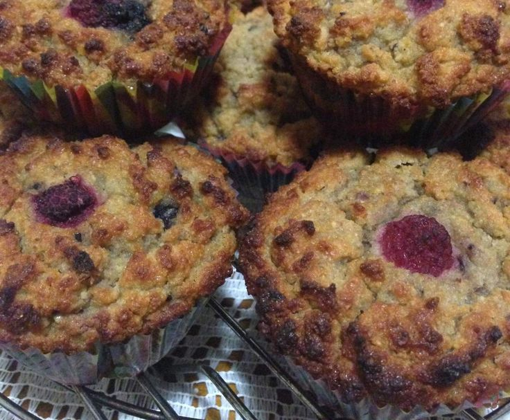 Recipe Pear and Berry Muffins by jentay - Recipe of category Baking - sweet