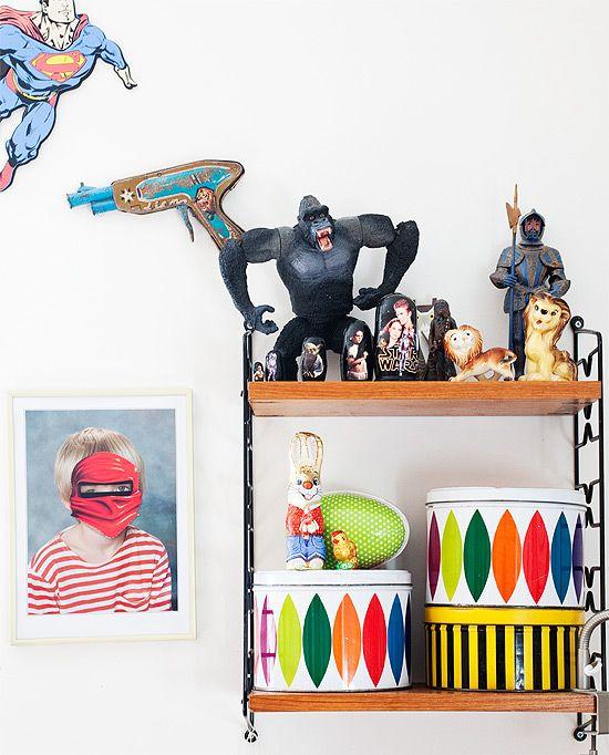 bookshelf by http://dosfamily.com/