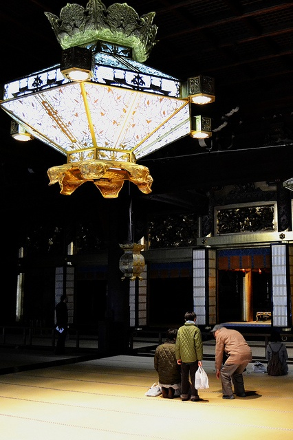 Nishi honganji by Bosc85, via Flickr