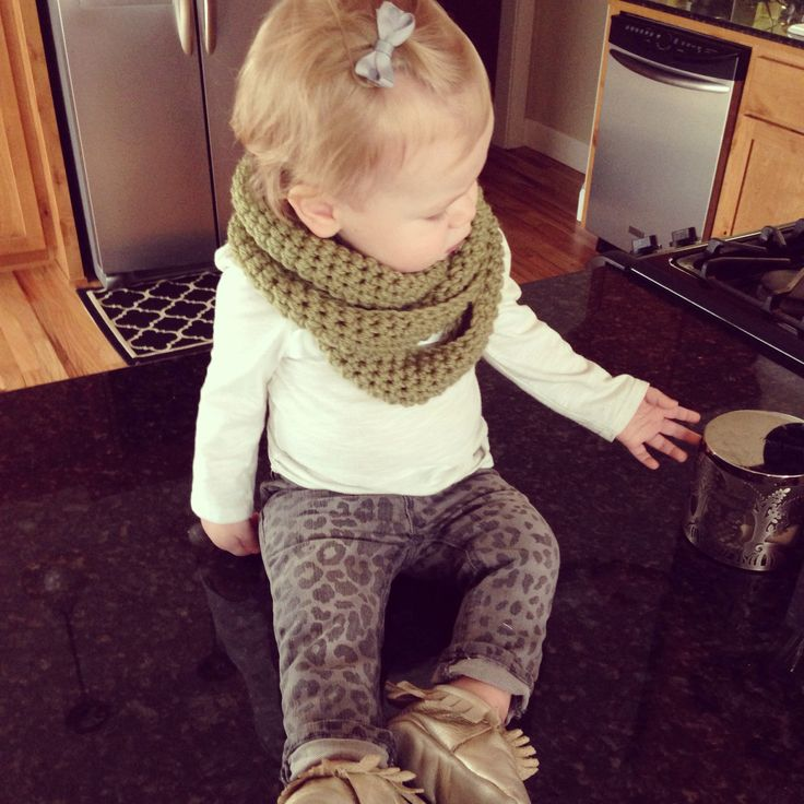 Baby scarf and baby skinnies