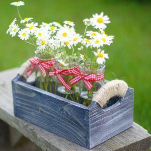 Баночки в деревянной корзинке ― BlueberryJam