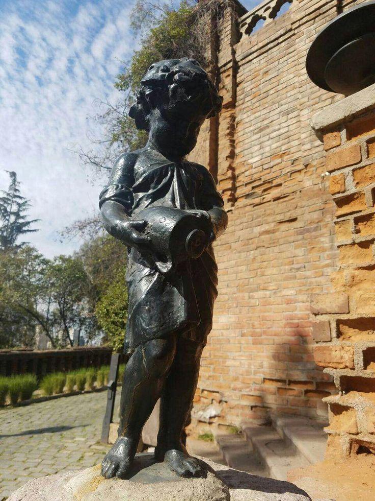 Estatua cerro santa Lucía