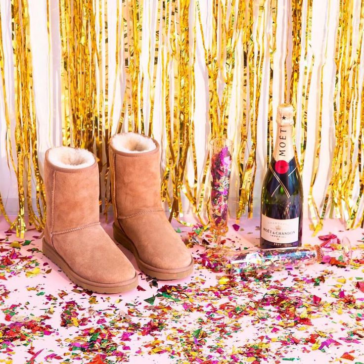 Nothing beats the classics! Celebrate while staying cozy in #UGG boots!