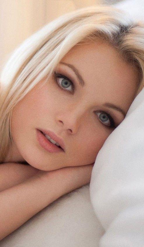 Angelina korrs babes tits