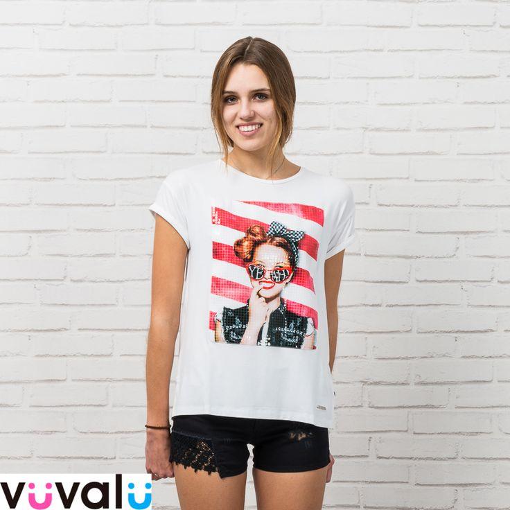 #Look informal para niña junior. Camiseta amplia con print divertido combinado con #short  negro #Mayoral