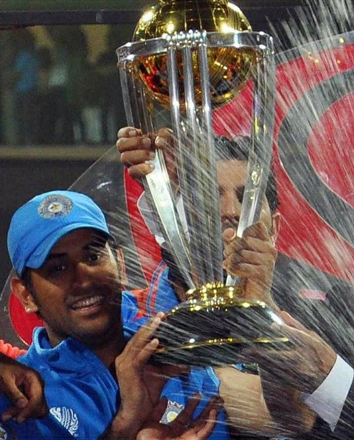 Pin By Anu Bhanu Reddy On Dhoni 7 In 2020 Dhoni Wallpapers Cricket Teams Cricket Wallpapers