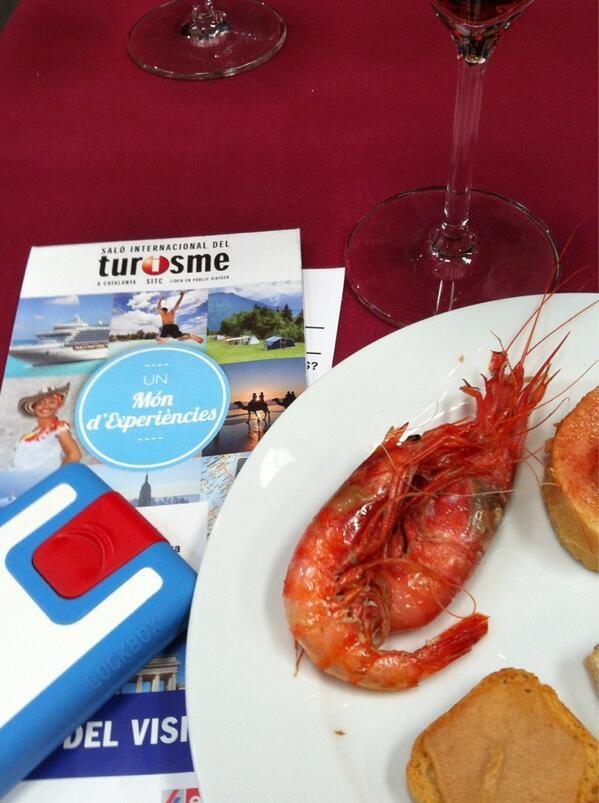 Lockbox snack time! Enjoying l'Appero at la Fira de Turisme (Tourism Fair) from Barcelona!