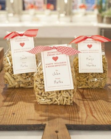 Giving fresh pasta to family or friends this year? Print and attach one of these clip-art gift tags with decorative ribbon for an extra-special touch to your homemade holiday gift. Print Fresh Pasta Gift Tags Print Round Red Gift Tags Print Bolognese Recipe Gift Tags