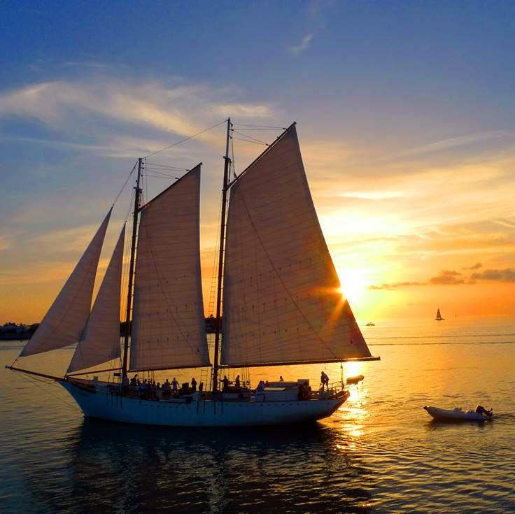 Sailing in the Sunset in Florida Keys
