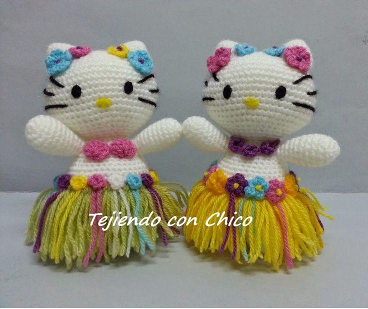 Hello Kitty Hawaiana Amigurumi - Patrón Gratis en Español aquí: http://tejiendoconchico.blogspot.com.es/2014/07/hello-kitty-10.html ༺✿ƬⱤღ http://www.pinterest.com/teretegui/✿༻