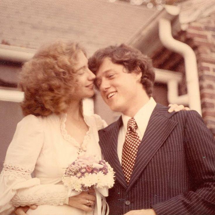 """ヒラリー・ローダム・クリントン & ビル・クリントン/Hillary Rodham Clinton and Bill Clinton  wedding anniversary;1975.10.11 彼女はいまだに、ロースクールで恋に落ちたときとほとんど同じ女の子さ。 """"She's still pretty much the same girl fell in love in law school."""""""