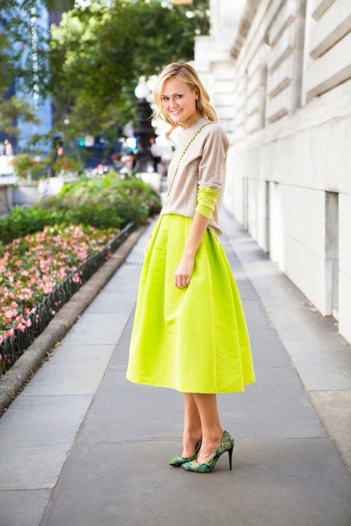 Neon & Beige: Colors Combos, Full Skirts, Teen Vogue, Clothing, Neon, Street Style, Fashion Week, Outfit, Mary Kate