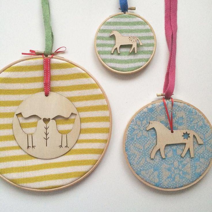Getting organised & ready for next weekend #knitting #lottieknitter #lovelottieknits #wood #lasercut #decoration #derbyshire #madeinderbyshire #handmade #festive #gifts #giftideas #embroidery #embroideryhoop by lottieknitter