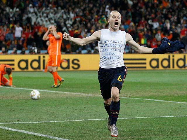 Andres Iniesta corona a España como Campeon del Mundo por primera vez en Sudafrica 2010