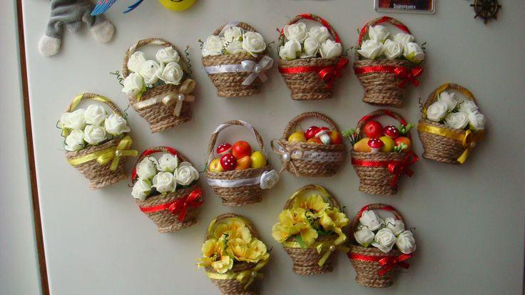 магниты-корзинки в подарок к 8 марта