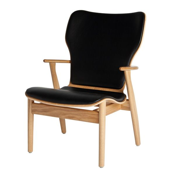 Domus lounge chair, lacquered oak, black leather upholstered, by Artek. Design by Ilmari Tapiovaara.
