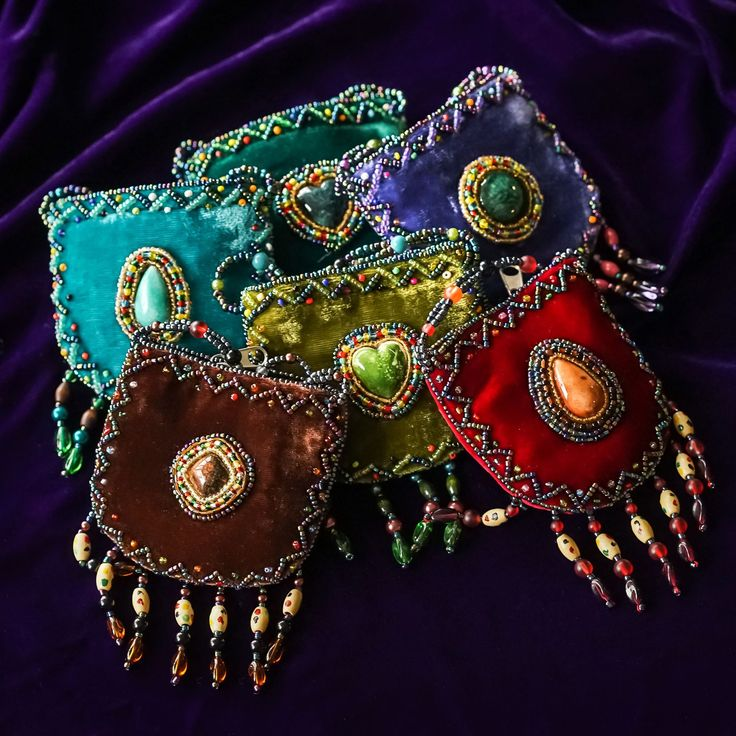Oh. My. Lord. The craftsmanship. The softness. The density of the fabric and beading. These hand-beaded velvet medicine bags breathe...