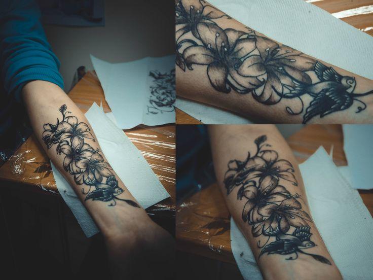 nika_TATTOO lilly