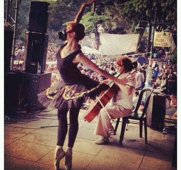 Ballerina with gas mask #occupygezi #turkey #occupytaksim #direngeziparkı