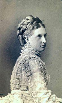 Antonia de Portugal princesa de Hohenzorlen Sigmarien, madre de Fernando l de Rumania y suegra de Maria de Edimburgo reina de Rumania.